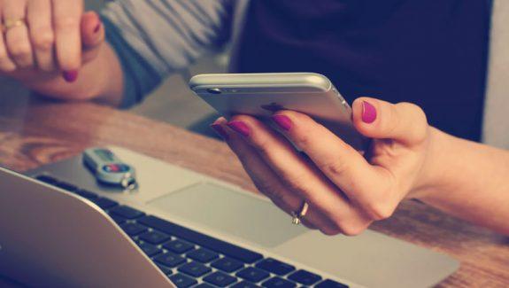 Resta in contatto dal tuo smartphone