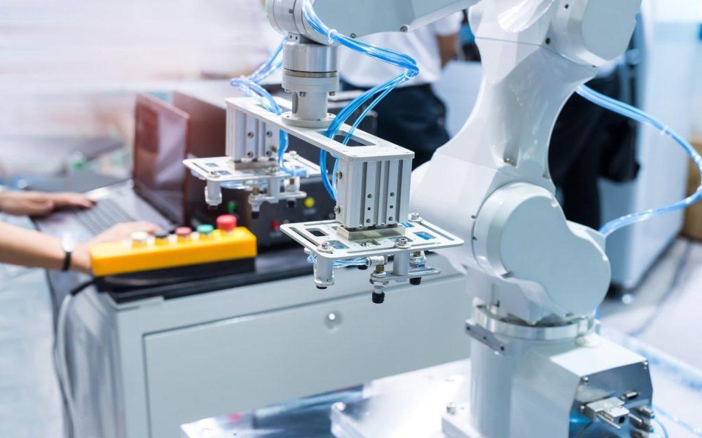 macchinario con Dispositivi IOT